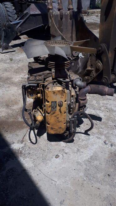 Kənd təsərrüfatı maşınları - Bakı: Kat motor 212 model 4silindir mator zapcas kimi satilir.ve elave