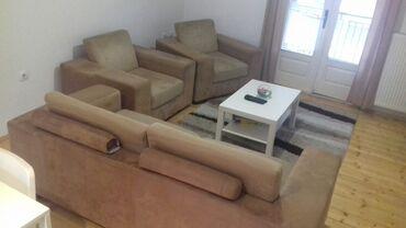 Nameštaj - Cacak: Garnitura, ne pocepana, dve godine stara, očuvana, sa jastucima