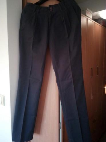 Plave pantalone - Srbija: Ramax pantalone na peglu,prelepe.Veličina 36, boja jako lepa,plavo-