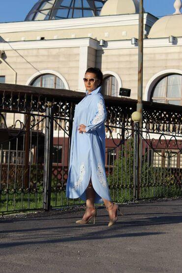 Дизайнерское платье- рубашка из ткани ХБ декорировано кружевными