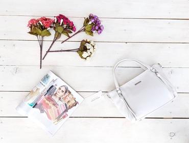 сумки по низким ценам в Кыргызстан: Маленькая сумочка от David Jones. Оригинал. Качество люкс. Магазин