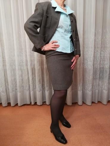 Runske vune - Srbija: Elegantan komplet ( suknja i sako), u stilu Coco Chanel.Veličina 38