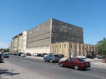 Bakı şəhərində Под строительство торгового и бизнес