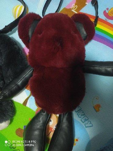 Игрушки в Шопоков: Меховые сумочки рюкзаки . мех натуральный . по 350 сом