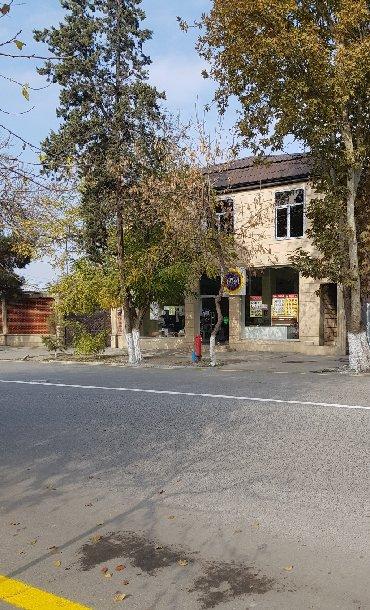 Daşınmaz əmlak Kürdəmirda: 170 kv sahesi olan obyekt, Ofis - Kurs fliali ve s. kimi istifadeye