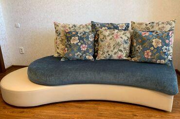 Продаем комплект (2 дивана + пуфик)Комплект в собранном виде выглядит