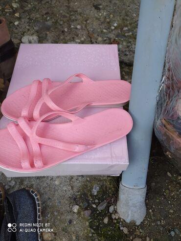 Papucice gumene preudobne nove