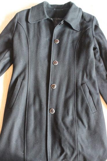 Пальто черное, б/у, хорошнн состояние, размер 42-44 в Бишкек