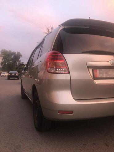 toyota lexcen в Кыргызстан: Toyota Corolla 1.5 л. 2003   164000 км