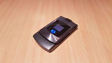 Motorola bravo - Srbija: Motorola V3iOdlicno ocuvan i ispravan, radi na svim mrezama, jedino mu