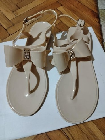 Ženska obuća | Bela Crkva: Sandale japanke 38 moze i 37