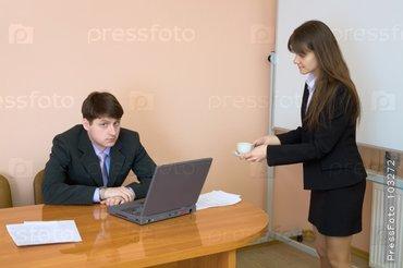 Срочно требуется! Секретарь референт в крупную компанию. Возраст от в Бишкек