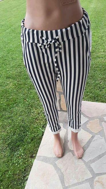 Ženska odeća | Beograd: Zenske pantalone pamucne, cvetni dezeni vrlo moderne i prijatne za