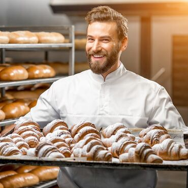 Орви бул - Кыргызстан: Требуется повар-пекарь в кулинариюобязательно уметь готовить булочки