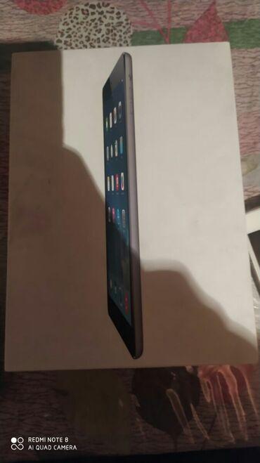 Продаю iPad air 32 Гбайт 4gСостояние как на фотке есть пару трещин на