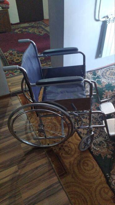 Инвалидные коляски - Кыргызстан: Сдаю в аренду инвалидную коляскуУдобная складнаяСостояние отличноеЕсть