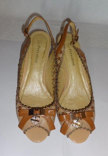 Продаю кожаные босоножки р. 38 фирма в Бишкек