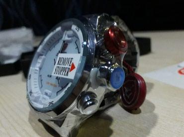 Bakı şəhərində Kişi Gümüşü İdman Qol saatı