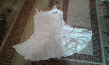 Платье белое на девочку, очень в Бишкек