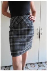 Dzemper-janina - Srbija: Janina suknja 38 velJanina suknja predivan modni detalj iz kolekcije