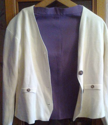 Продаю пиджаки в хорошем состоянии, размер 46-48 в Бишкек