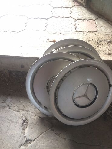 купить диски r15 4x100 в Кыргызстан: Калпаки на мерседес R15 оригинал, с завода ставились на w140