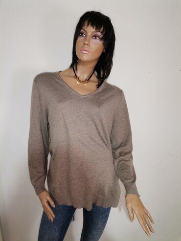 Bluza bez ikakvih ostecenja Velicina XL Pogledajte i ostale moje oglas