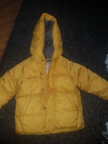 Dečija odeća i obuća - Zitorađa: Zara kids jakna 92 nosena jednu sezonu stanje se vidi