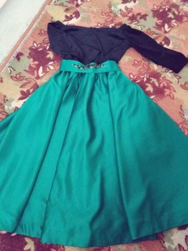 черное платье на свадьбу в Кыргызстан: Очень красивая платья,спешите дамы продаю дёшево 650сом реальным клиен