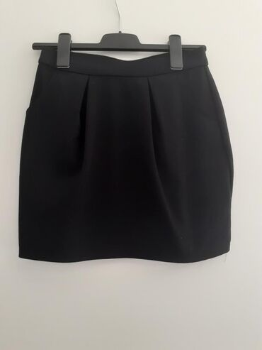 Zimska mini karirana suknja poluobim struka je - Srbija: Slatka crna mini suknja Oko struka guma Velicina S