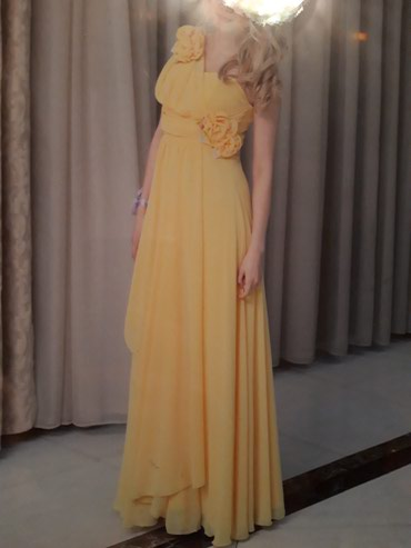 Платье в длину, размер 42-44, звонить . Или ватс   в Кок-Ой
