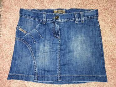 Na prodaji suknja teksas, nema oštećenja, očuvana, velicina nije