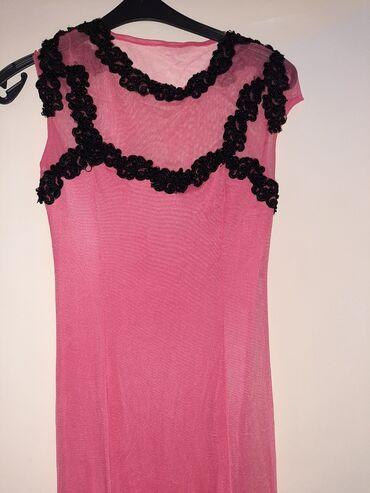Dresovi - Srbija: Prelepa, duga dizajnerska haljina. Jednom obucena. Ispod je kraci