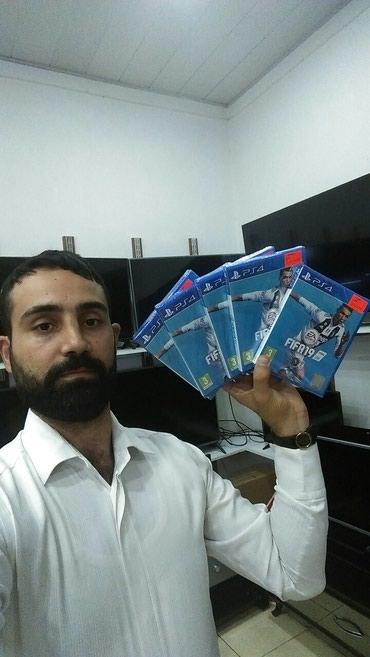 Bakı şəhərində Fifa 19. Ps4 ucun. Fifa 2019 xbox ucun