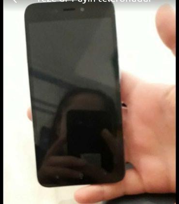 Bakı şəhərində Redmi 5A telefonu satilir 1 ayin telefonudur xanim iwledib isdeyen bu
