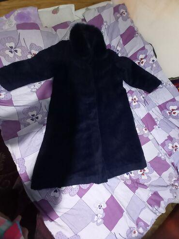 Пальто почти новый теплый