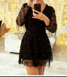 Oneplus бишкек - Кыргызстан: Продам очень красивое платье!Подчеркивает талию,скрывает