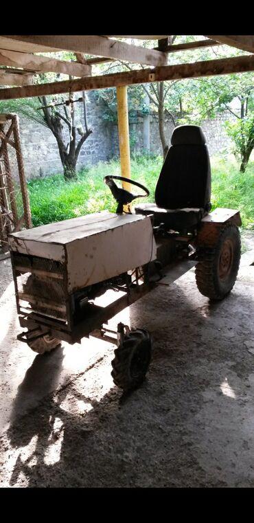 52 elan | NƏQLIYYAT: Mini traktor 12.5 hp dizel motorla. 2 tona qədər yük çəkir. Aqreqatlar