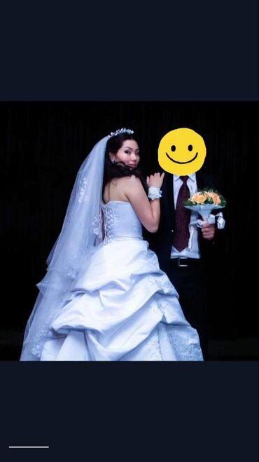 Свадебные платья и аксессуары - Кыргызстан: Продаю свадебное платье от Alla Design. Качество платье отличное со