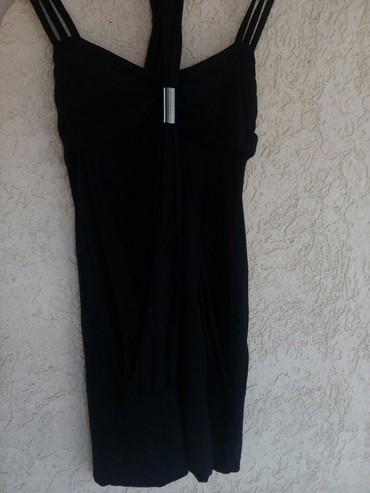 Kratka crna haljina bez ikakvih oštećenja ima elastina - Krusevac
