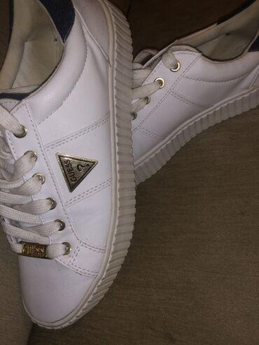 Guess sneakers,Φορεμένα μόνο μια φορά σε άριστη κατάσταση,χωρίς καμία