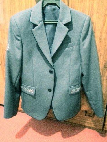 Пиджак для мальчика - на 6 класс и на 7класс серый пиджак(новый) в Бишкек