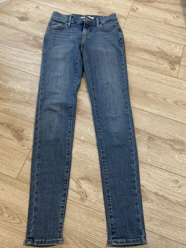 Джинсы levi's оригинал,размер-skinny,ни один раз не одевали
