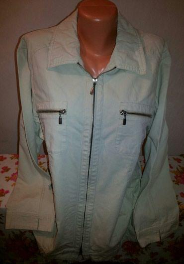 Джинсовая куртка в хорошем состоянии в Бишкек