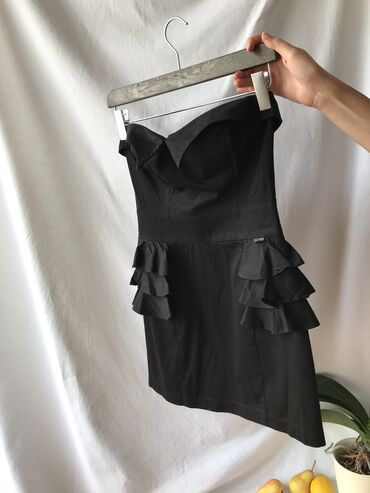 Haljina st - Srbija: KATRIN mala crna top haljina. Veličina 38. Odlično stanje, par puta no