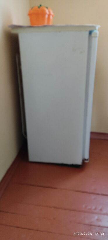 Электроника в Агдам: Белый холодильник Nord