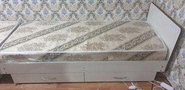 1293 объявлений: 2 кровати за 10000 сом, срочно продаю, почти новые пленка не снята ест