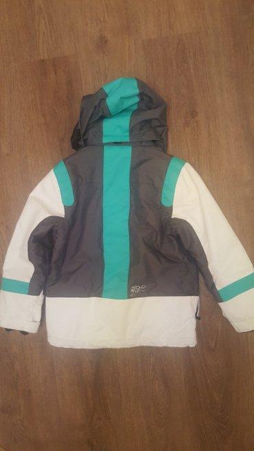 Спортивная форма - Бишкек: Продаю горнолыжн. куртку Obermeyer США. рост 130-140. на 8- 9 лет