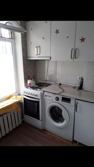 Продажа квартир - Требуется ремонт - Бишкек: 1 комната, 38 кв. м С мебелью, Неугловая квартира