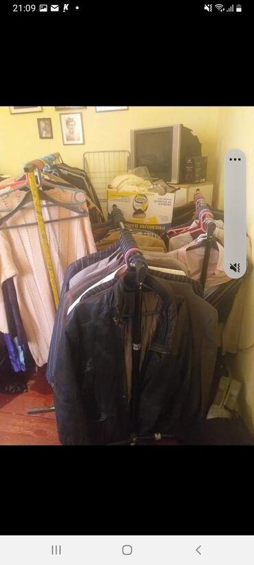 Garderoba za dalju prodaju puno i sa etiketom 1ekilo